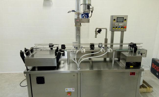 riempitrice automatica per olio di olivaerogatore singolo BLT1