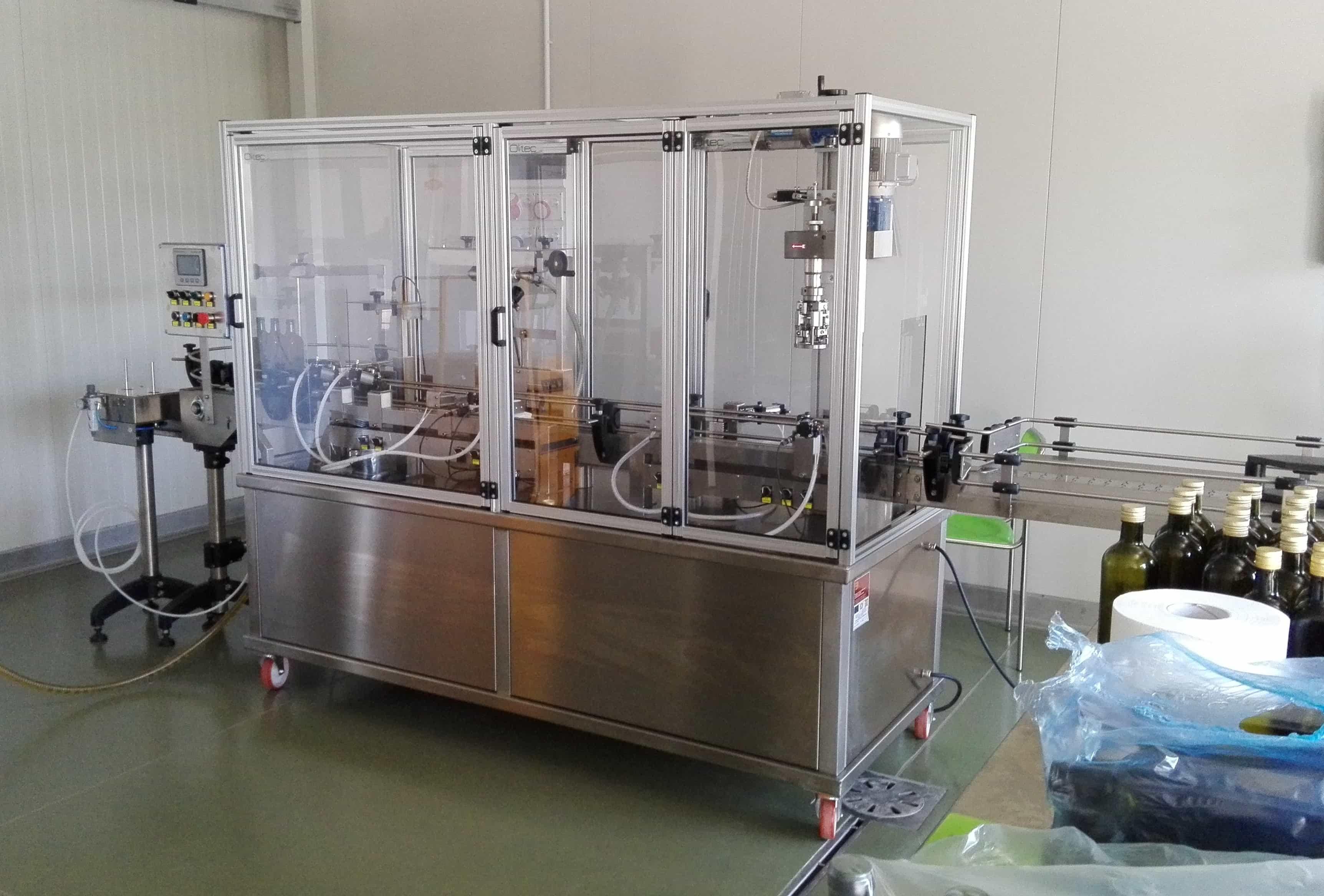 riempitrice automatica per olio di oliva a due erogatori BLT2